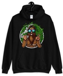 Bigfoot Smoking Hoodie ZNF08